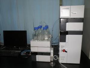 液相色谱仪 (HPLC)